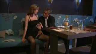 Secretária fode em jantar de negócios