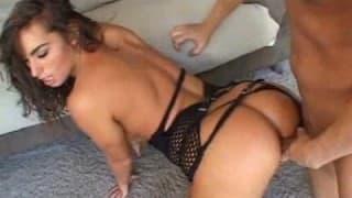Uma dose de sexo anal com a Naomi Russell
