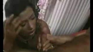 Tabatha Cash adora os cacetes eretos