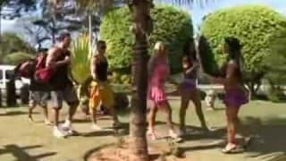 Sexo em grupo ao ar livre