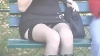 Upskirt taradas em público