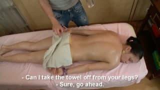 Adolescente fodida pelo seu massagista