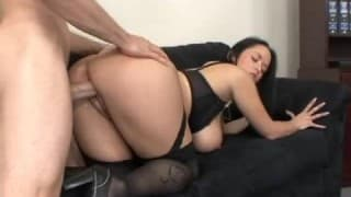 Carmella Bing merecendo seu salário