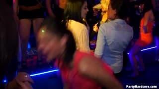 Garotas malcriadas em party mode