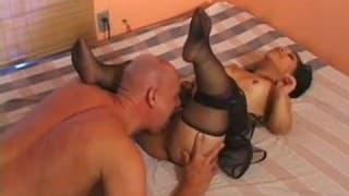 Bridget Powers uma anã que quer muito sexo