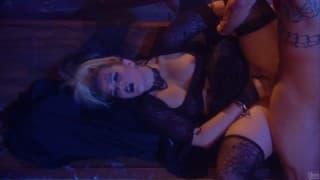 Alexis Texas profundamente penetrada como ela gosta!