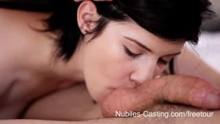 Duas adolescentes doces num casting porno quente