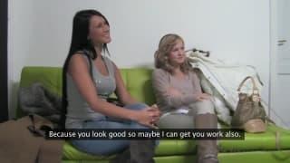 Angelica e sua amiga vão em um casting pornô
