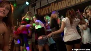 PartyHardcore ataca com mais um clipe selvagem