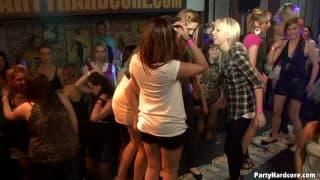 Outra festa selvagem de Partyhardcore.com