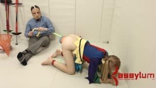 Emma Haize em uma cena muito interessante