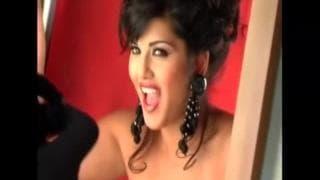 Sunny Leone é uma cabra doida