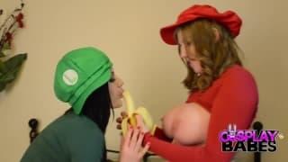 Mario e Luigi são lésbicas e gostosas