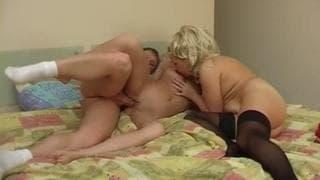 Nadin e Helen em um trío sexual magnífico