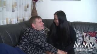 Sexo com mamuda asiatica