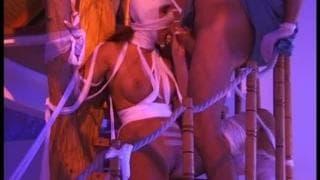 Um grupo de mumias sensuais sendo fodidas