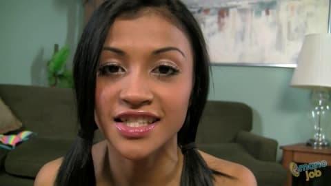 Amateur Asian babe Sydnee Taylor enjoys her tender pussy tickling № 67374 бесплатно