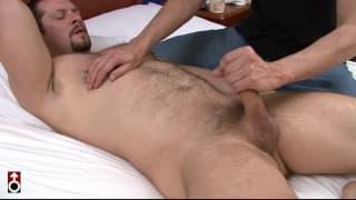 Vinnie D'Angelo vai levar uma linda massagem