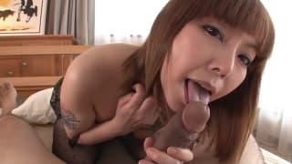 Minami Kitagawa uma asiática que sabe chupar