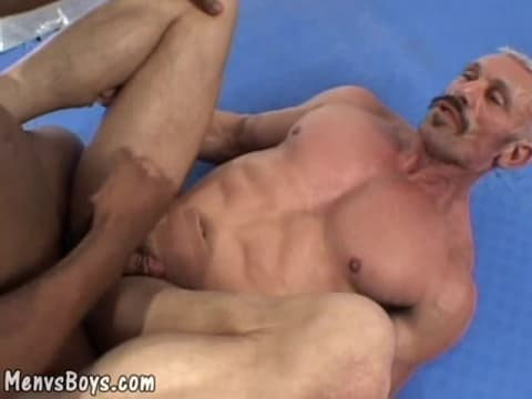 Alen Hunt Interracial Fuck