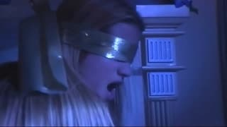 Jessica Drake de olhos fechados