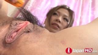 A boceta desta japonesa é excitante