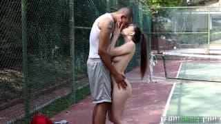 Alexis Rodriguez chupa un belo negro!