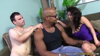 Mia Rider é divertida e adora sexo