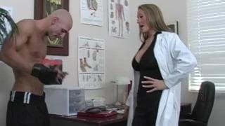 Doutora Abby Rode transando com seu paciente