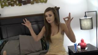 Megan quer ter prazer anal