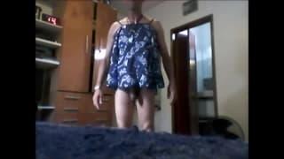 Esse gay gosta de usar roupas de mulher!