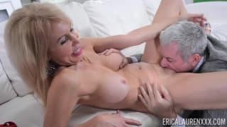 Erica Lauren adora ser penetrada!