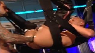 Rik Jammer tem seu cu bem esticado!