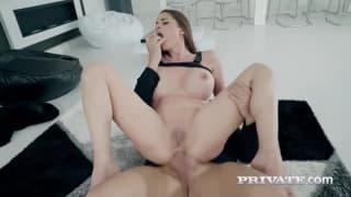 Cathy Heaven numa sessão forte de anal