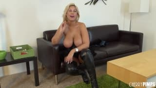 Bridgette B masturbando-se em casting porno