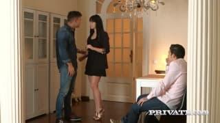 Taissia Shanti recebe dupla penetração!