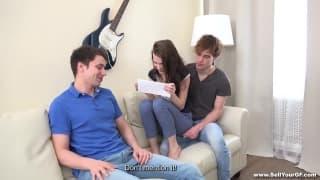 Kastiel cherry com dois homens