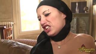 Arabe goza de dupla penetração!