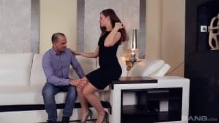 Varias cenas de casais em intimidade