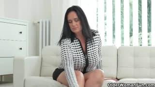 As mulheres maduras se masturban muito bem!