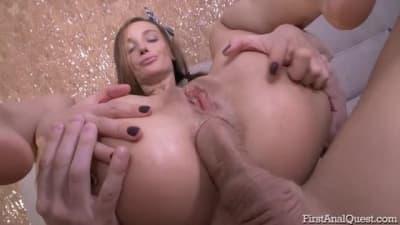 Lulu Burnett vai desfruta de sodomia!