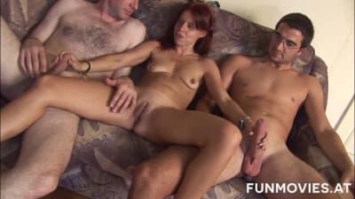Essa mulher gostosa quer duas penetrações