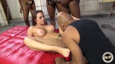Enchendo Chanel Preston de rolas enormes