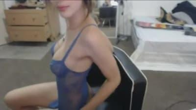 Vai ficar muito sexy se masturbando na câmera