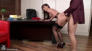 Cock_craving_Julie_Skyhigh_gets_her_ass_rammed